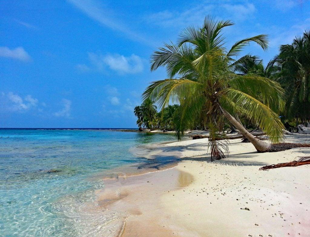 isla diablo san blas islands