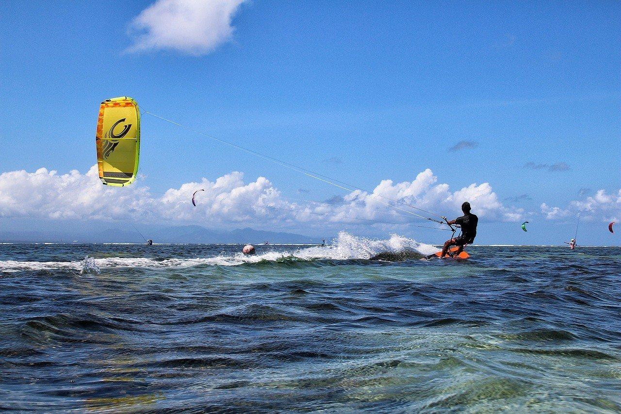 Kitesurfing at Le Morne, Mauritius