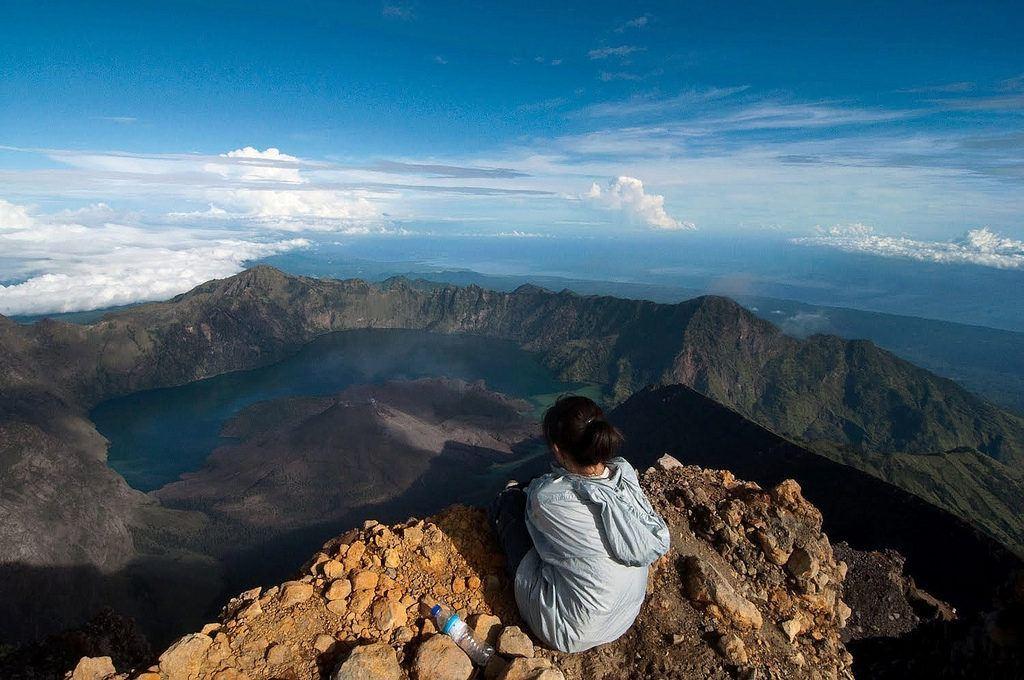 mount rinjani summit lombok backpacking bali