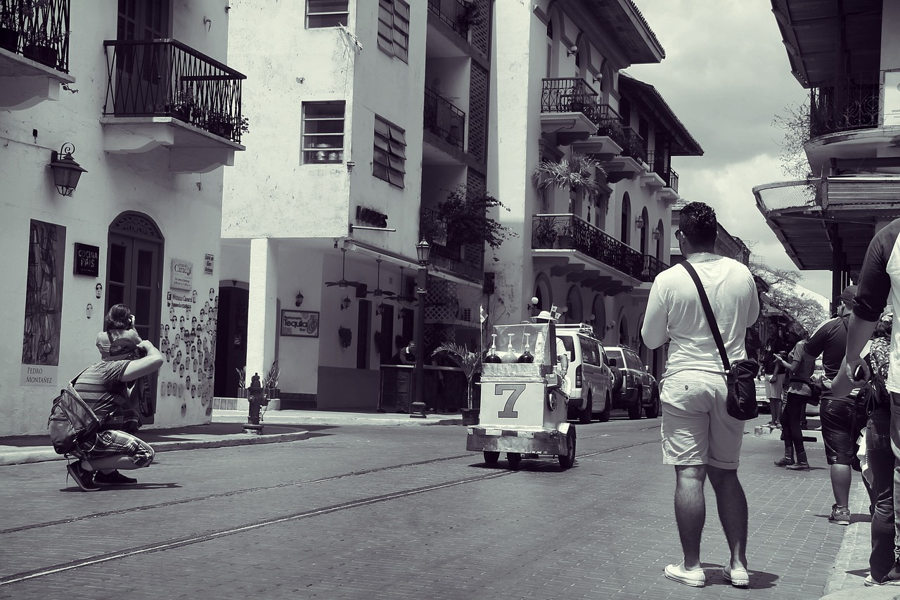 backpacking in panama streets