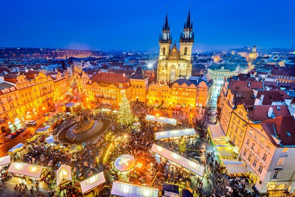 shutterstock-czech-christmasmarket