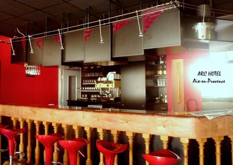 Adonis Arc Hotel Aix - Aix en Provence hostel