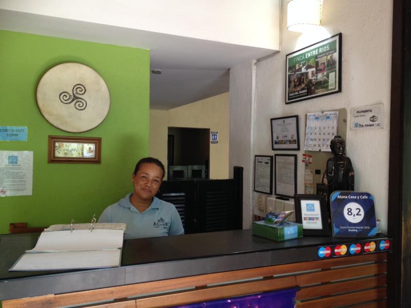 Aluna Casa y Cafe Santa Marta best hostels in Colombia