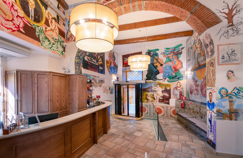 Archi Rossi Hostel Florence best hostels in Italy