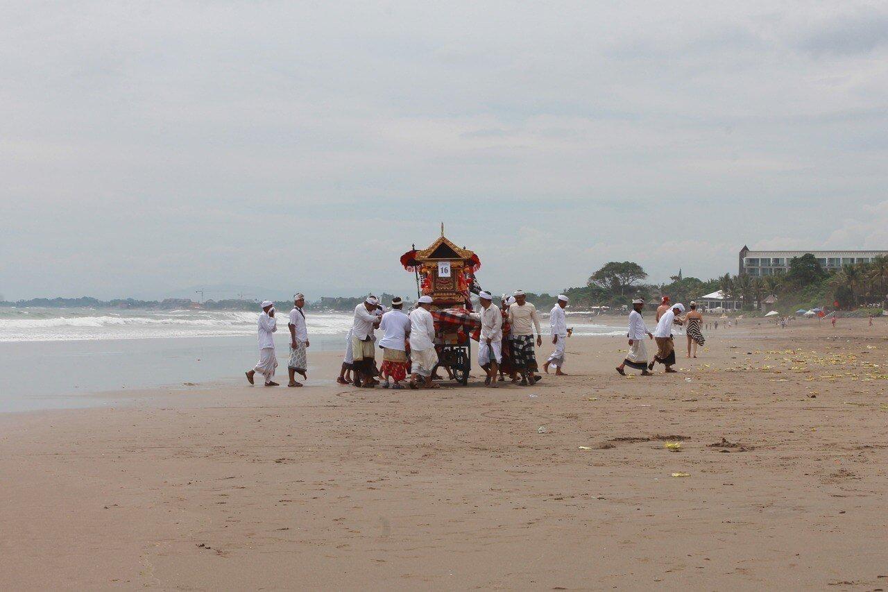 Hit up a local beach festival
