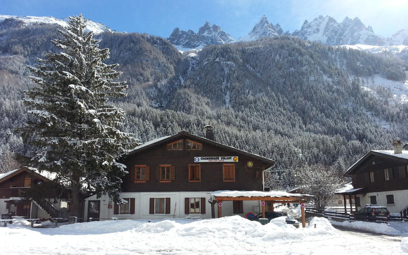Chalet-Gite Chamoniard Volant Hostel - A ski resort hostel in Chamonix