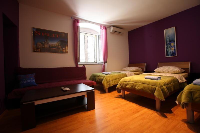 Hostel Dioklecijan - Split best hostels in Croatia