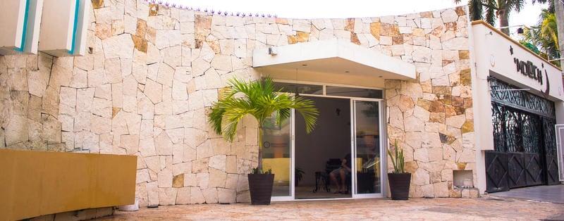 Moloch Hostel - Cancun best hostels in Mexico