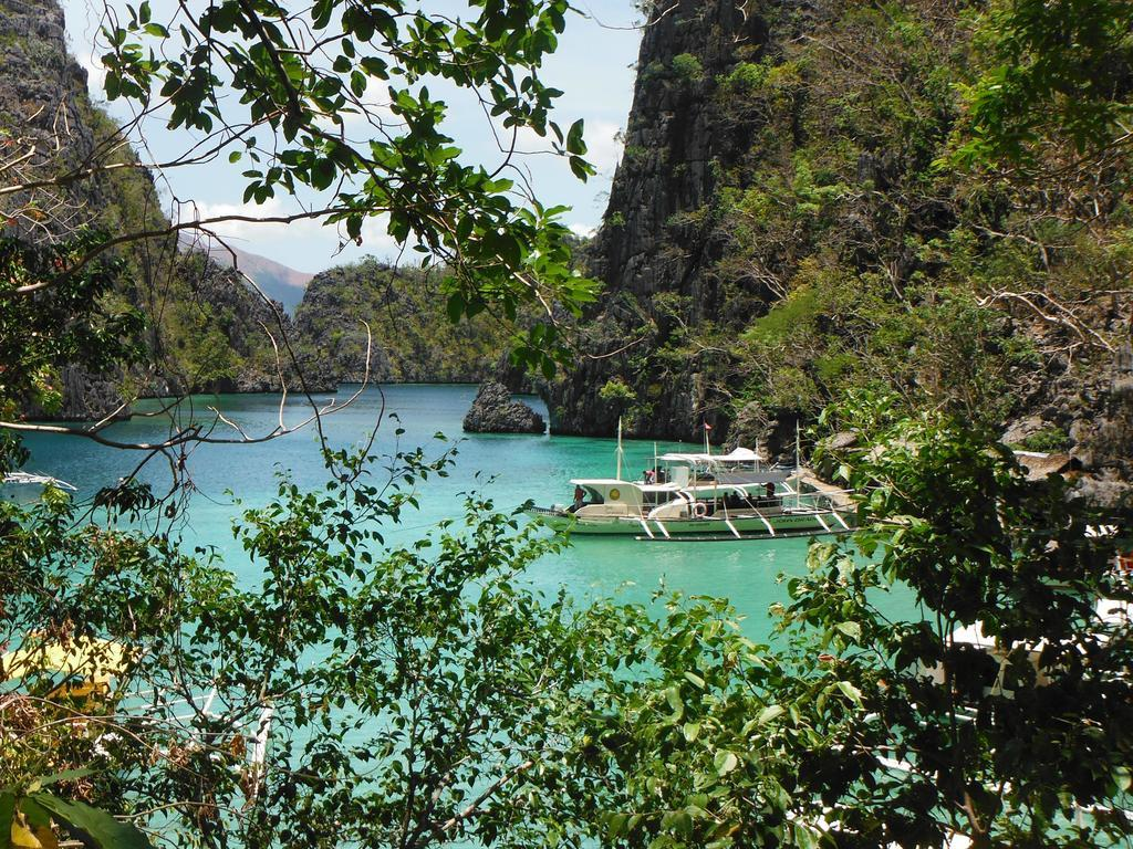 RB Transient House best hostels in Coron
