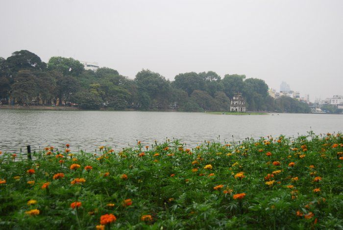 Backpacking Hanoi