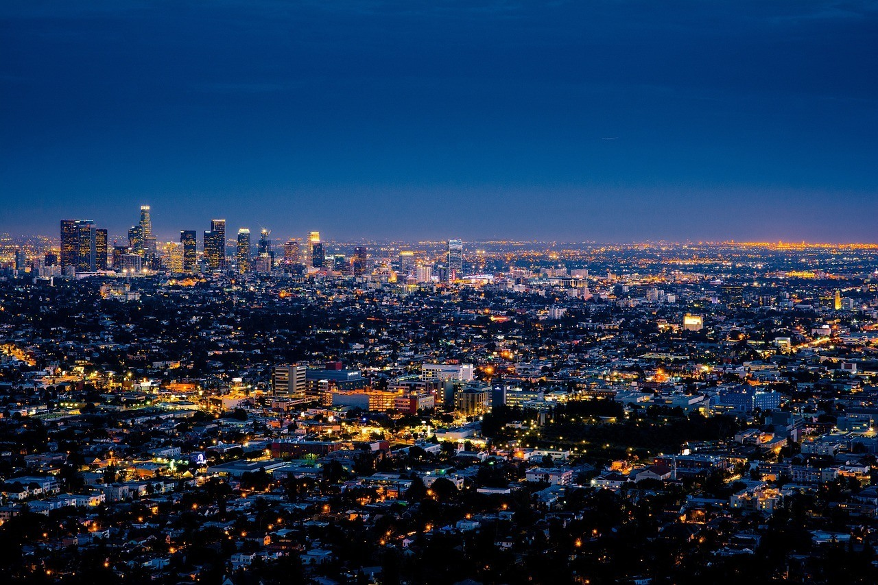 los angeles at night road trip california