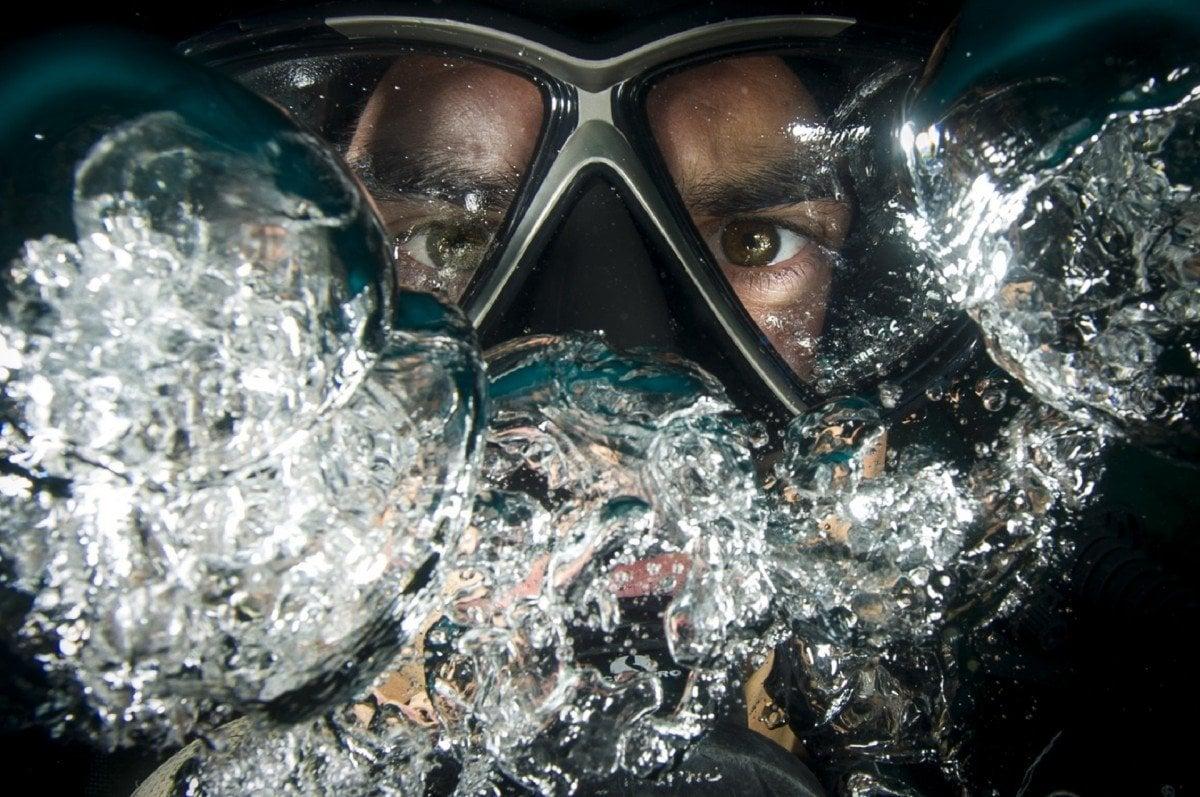 scuba diving in honduras