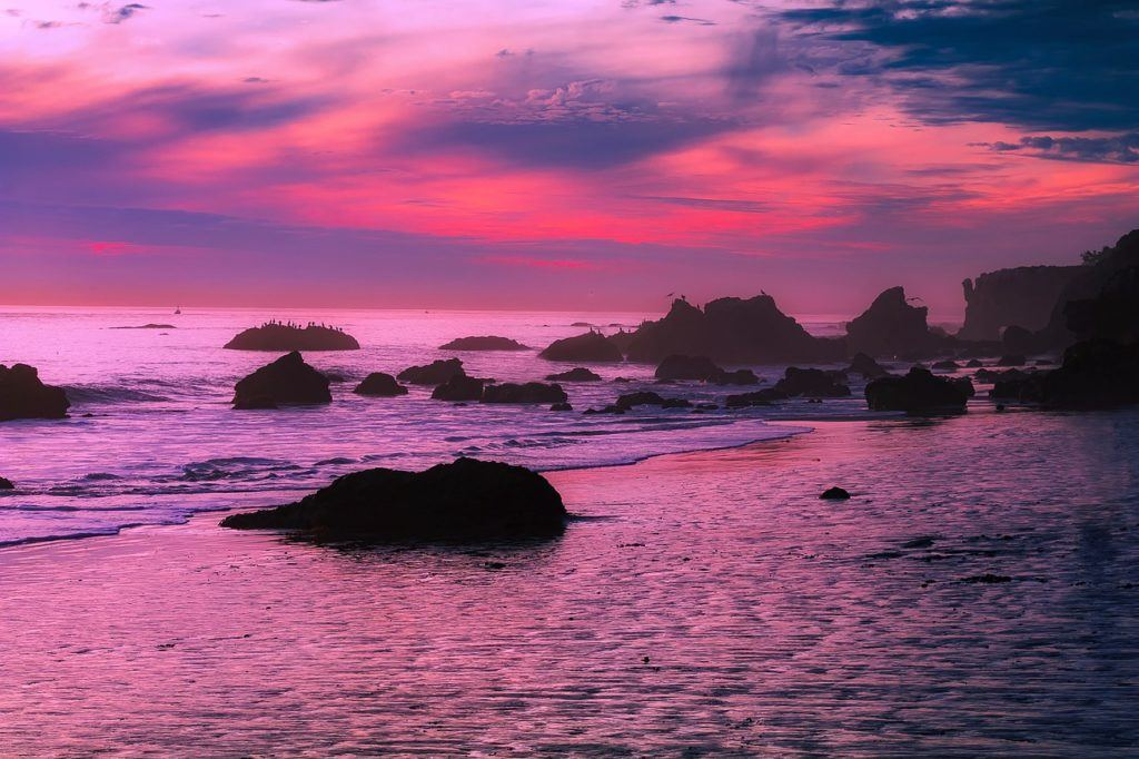 malibu pink sunset on ocean