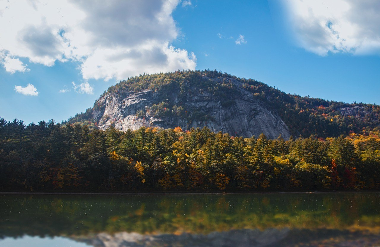 new hampshire white mountains and new england foliage