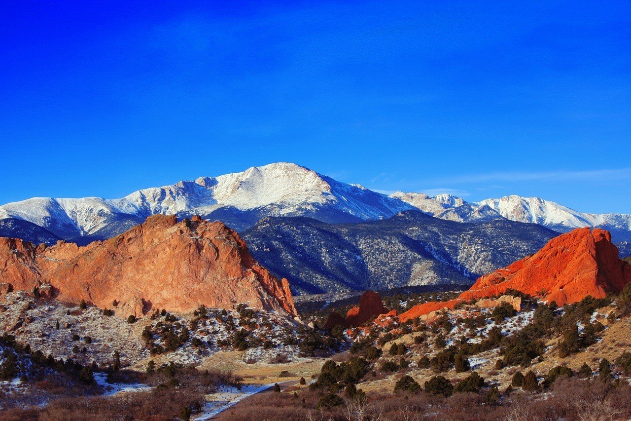 pikes peak and the garden of the gods colorado springs
