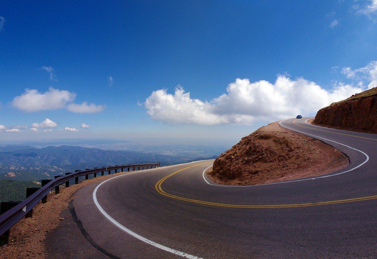 pikes peak highway crazy turn colorado rockies