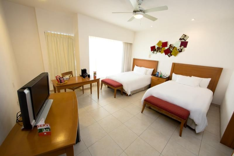 Ambiance Suites Hotel Cancun