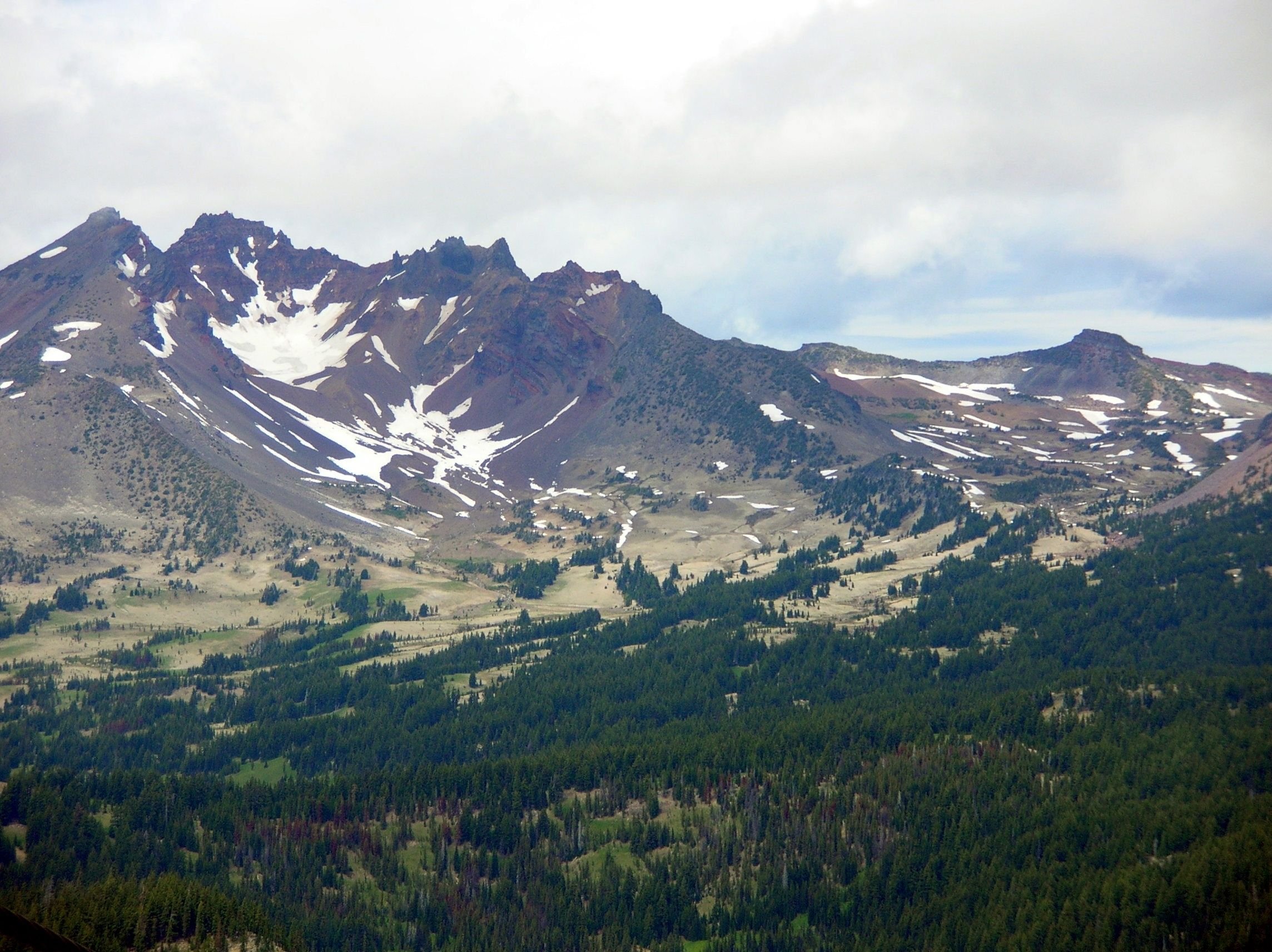 broken top best hikes in oregon