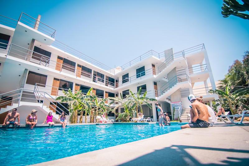Carola Lodge best hostels in Peru