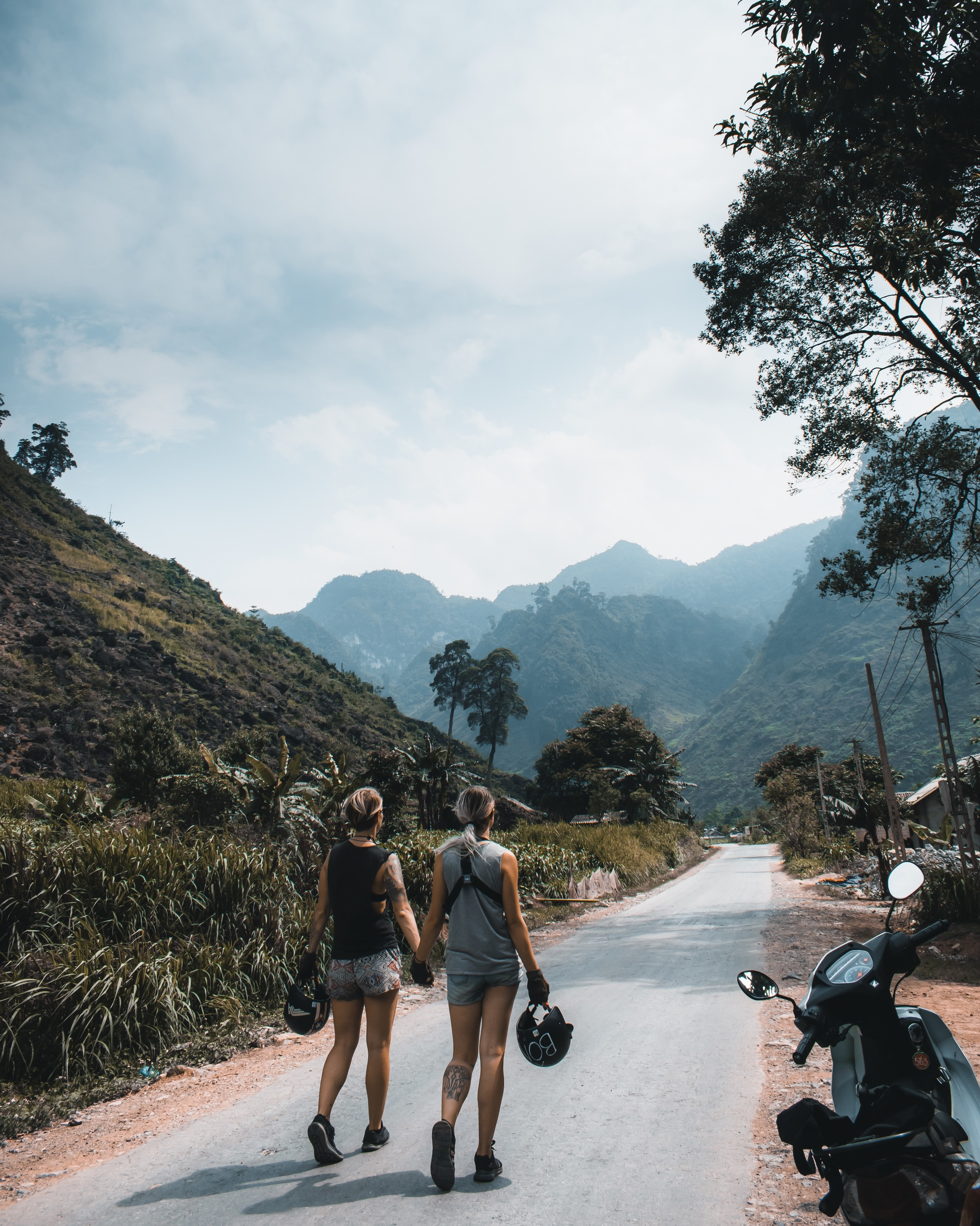 Walking along the Ha Giang loop road
