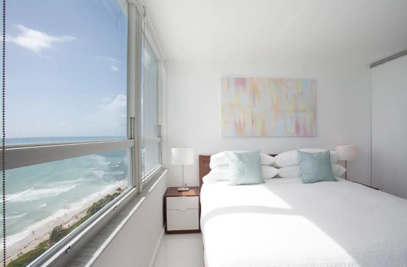Oceanfront one bedroom and bathroom apartment