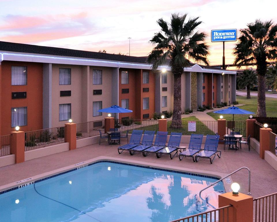 Rodeway Inn And Suites Austin best hostels in Austin