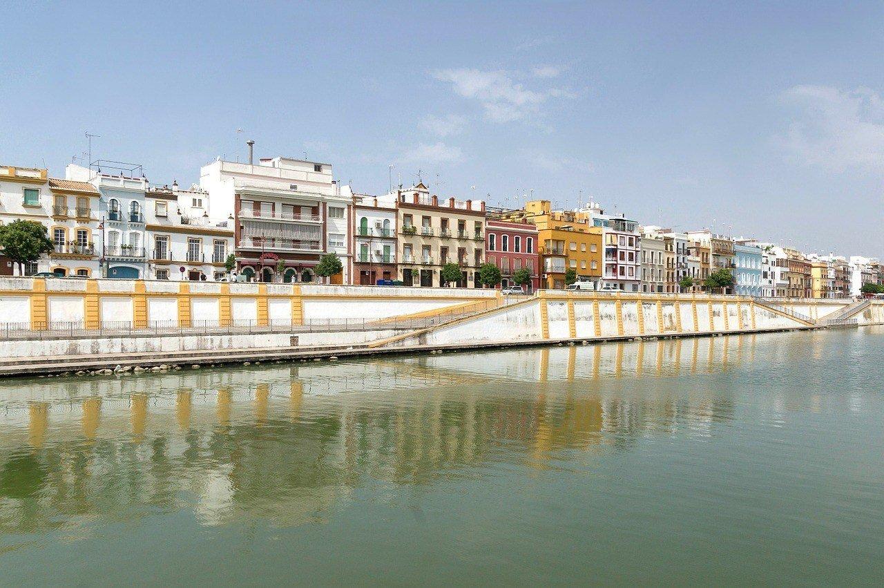 Triana ttd Seville