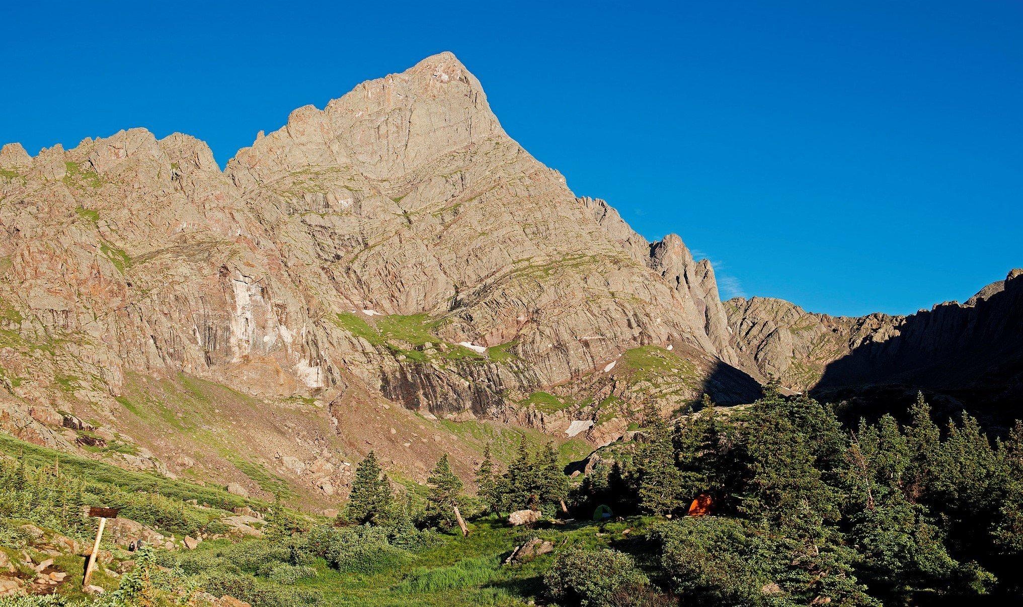 crestone peak colony lakes best colorado hikes