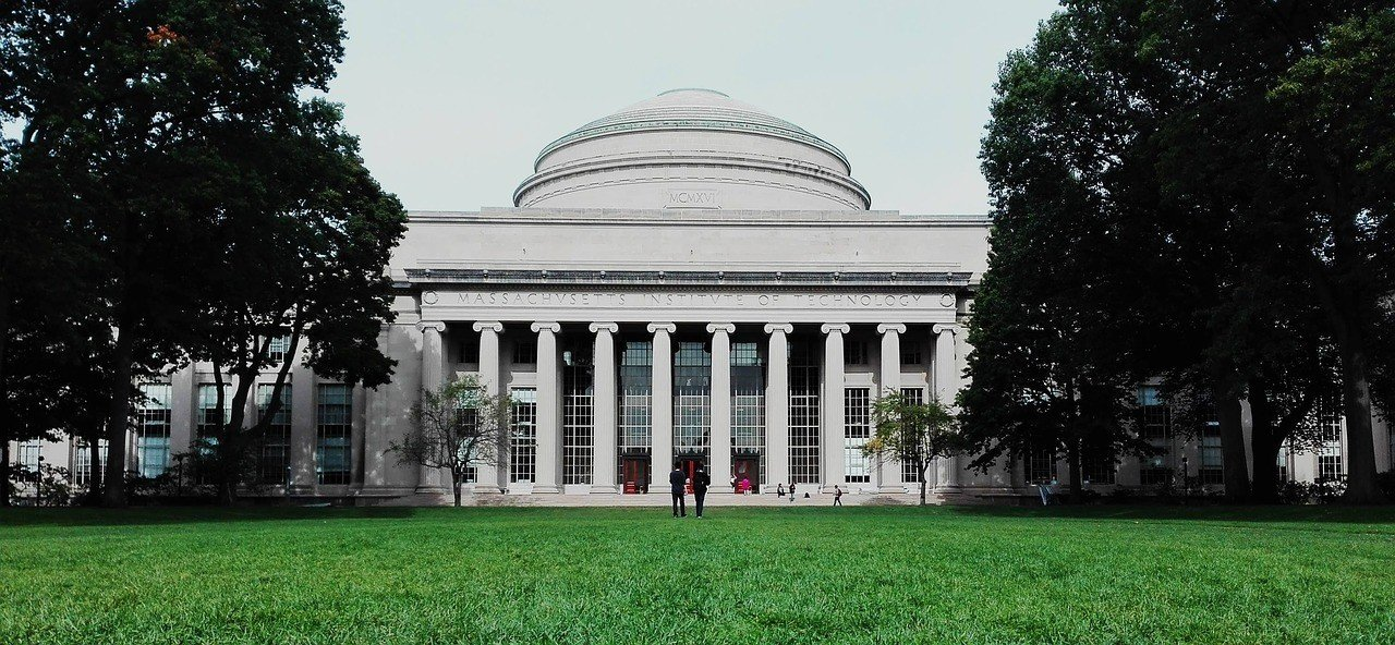 mit great dome cambridge boston travel guide