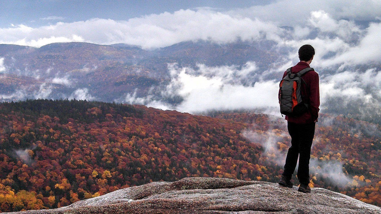 new england hiking with fall foliage