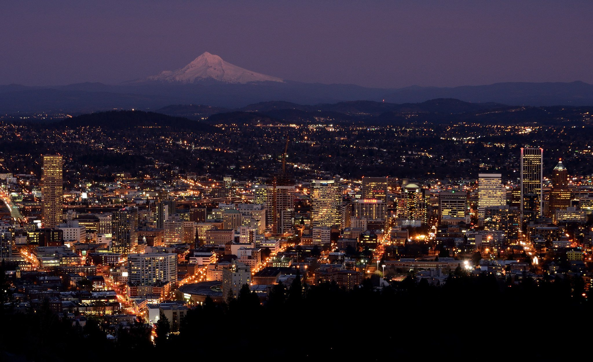 portland oregon and mt hood at dusk from pittock mansion