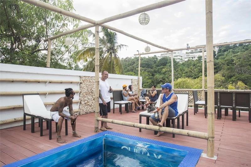 Chillax Flashpacker best hostels in Boracay