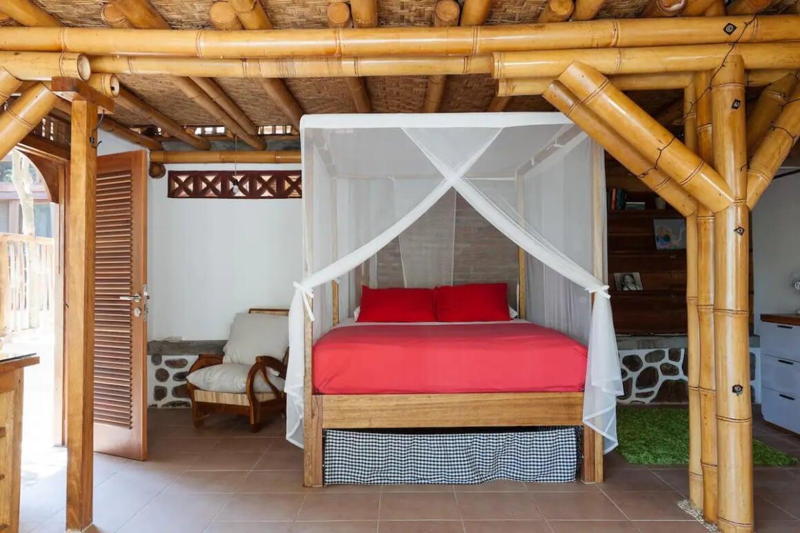 Eco-living Bamboo Villa