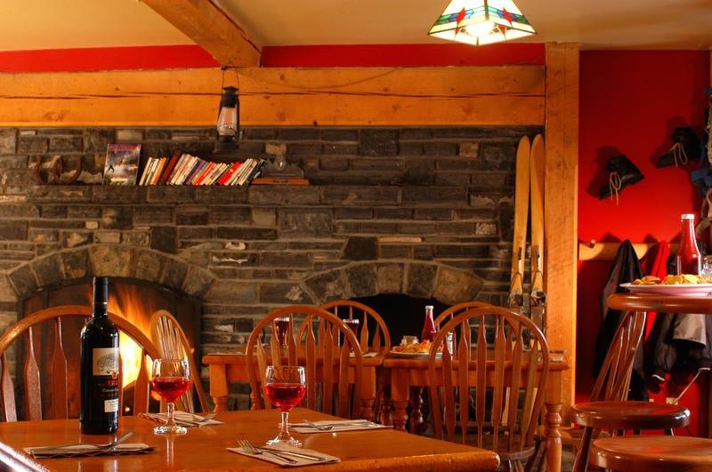 HI Lake Louise best hostels in Canada
