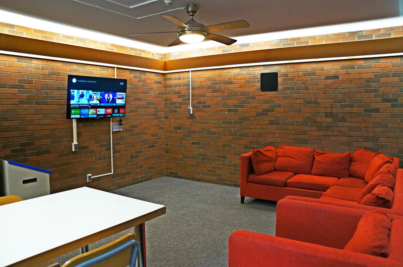 University of Toronto New College Residence best hostels in Canada