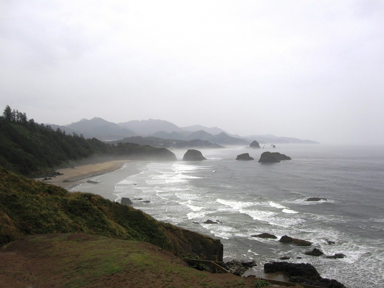 ecola state park best hikes in oregon