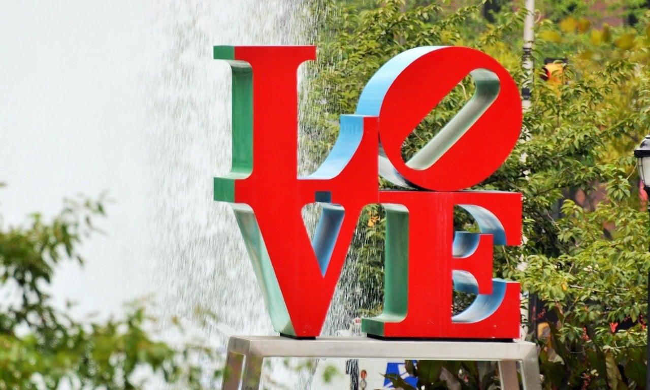 love sign top sites philadelphia