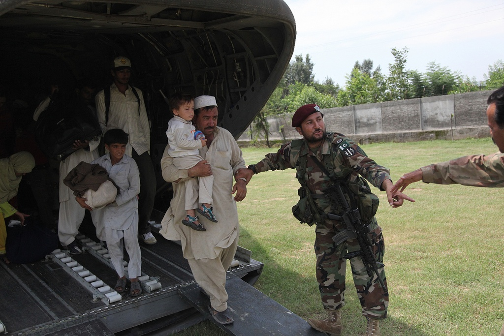 pakistan safety military giving aid