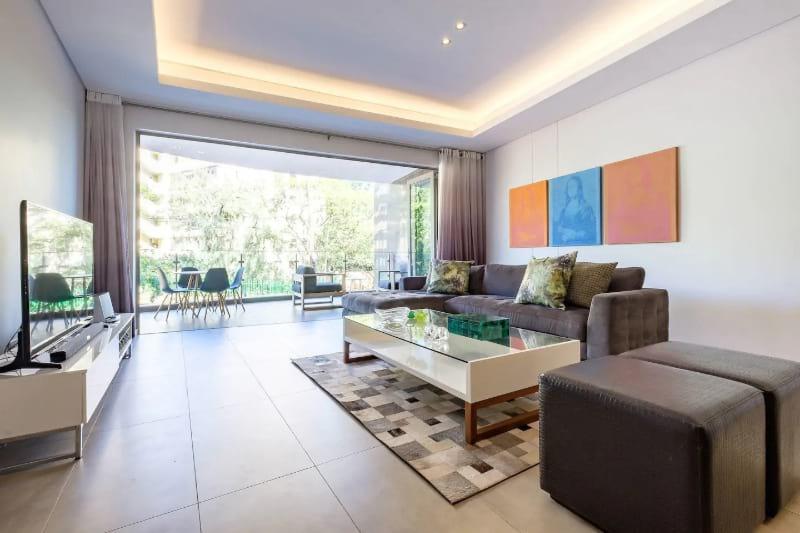 Brandnew open plan Apartment
