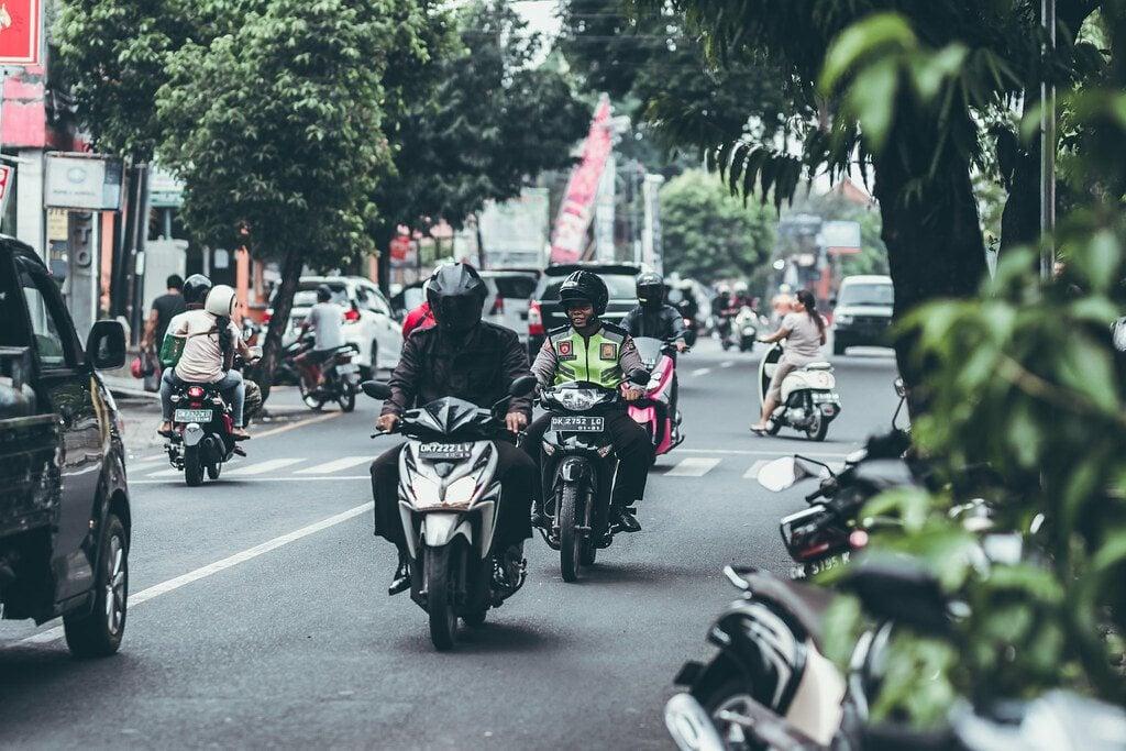 flickr-bali-road