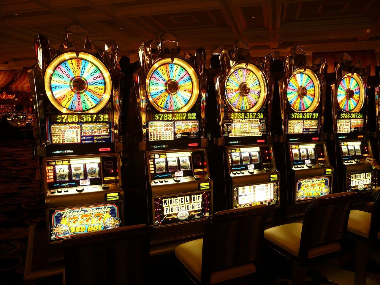 slot machines las vegas travel guide