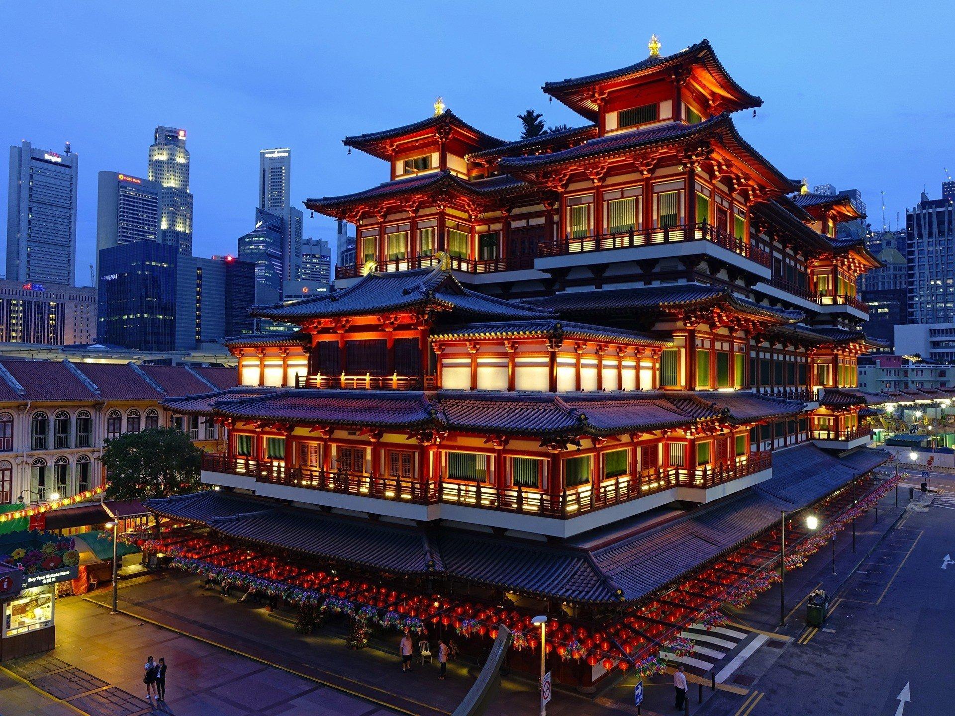 singapore safe to visit