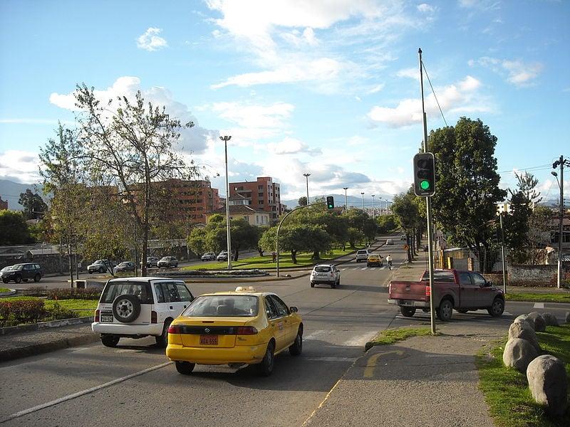 Are taxis safe in Ecuador?