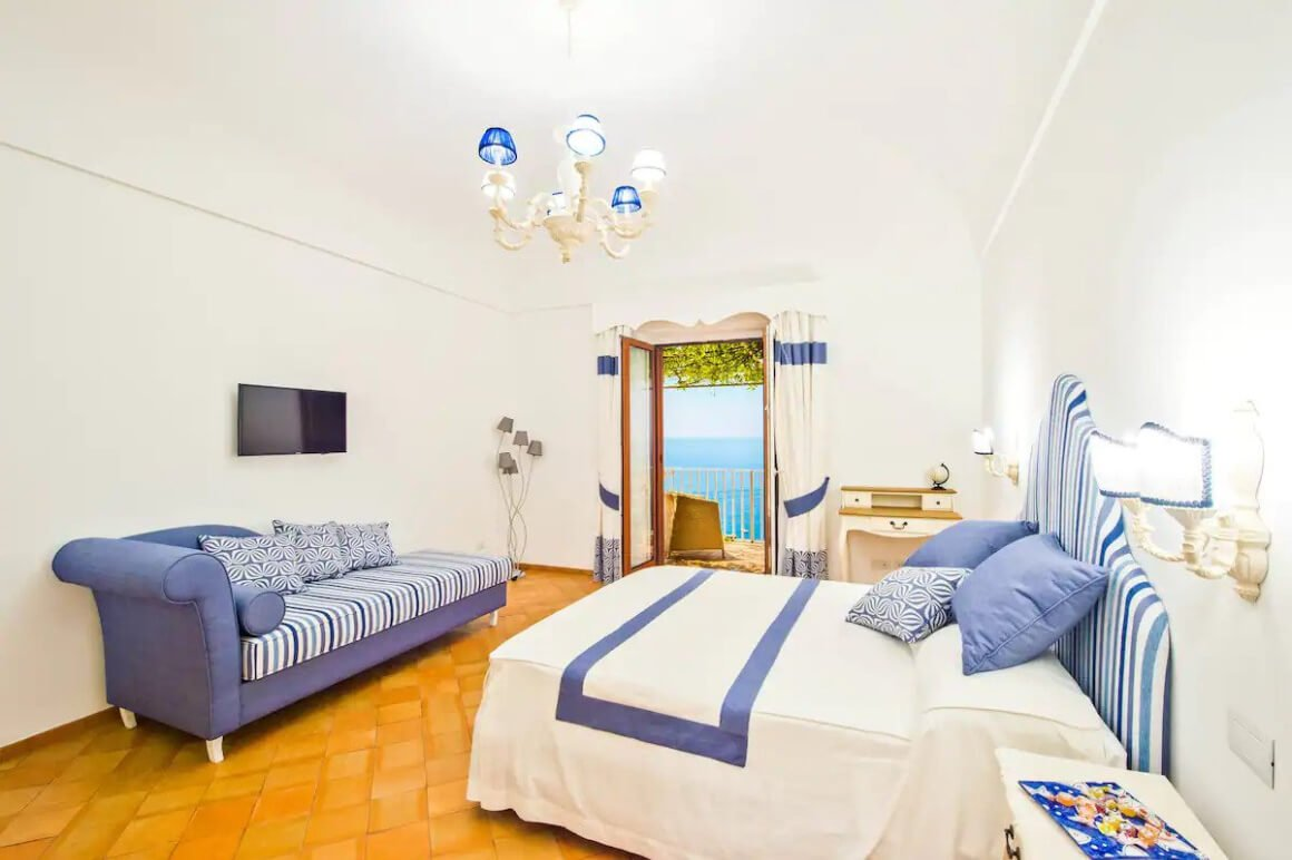 Charming room in top nightlife location