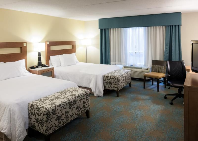 Hampton Inn and Suites St Louis at Forest Park