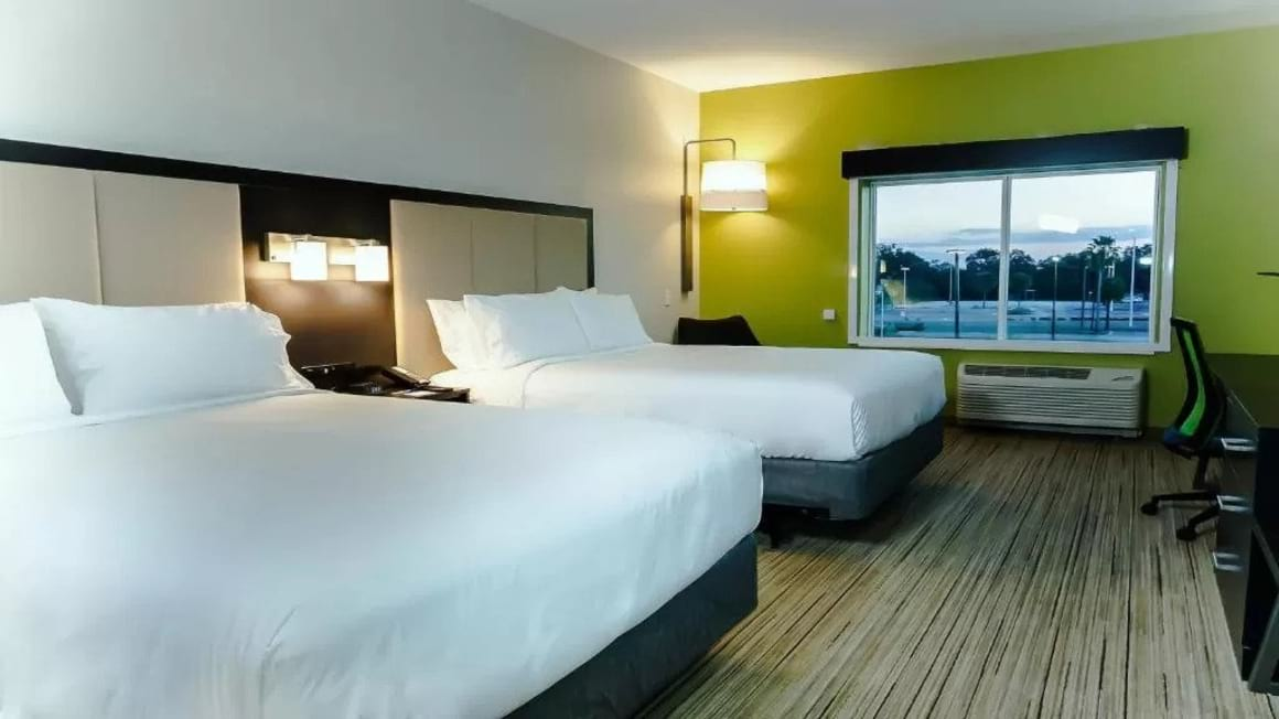 Holiday Inn Express and Suites Tampa East Ybor City Tampa