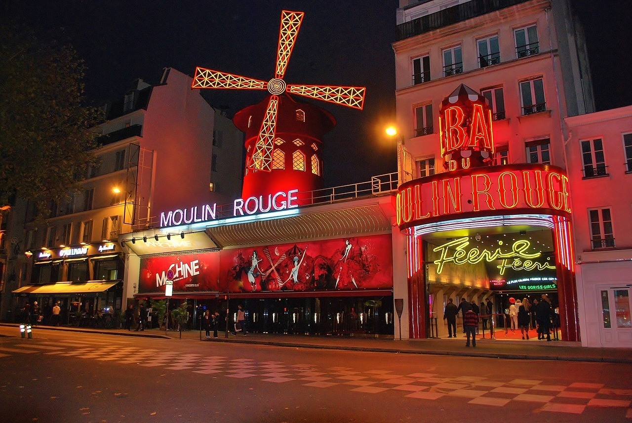 Moulin Rouge - A great place to visit in Paris at night