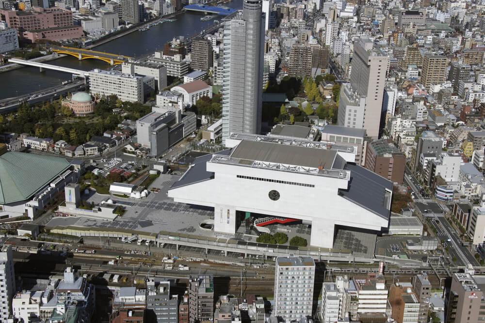 Sumo Wrestling Match at Ryogoku Kokugikan