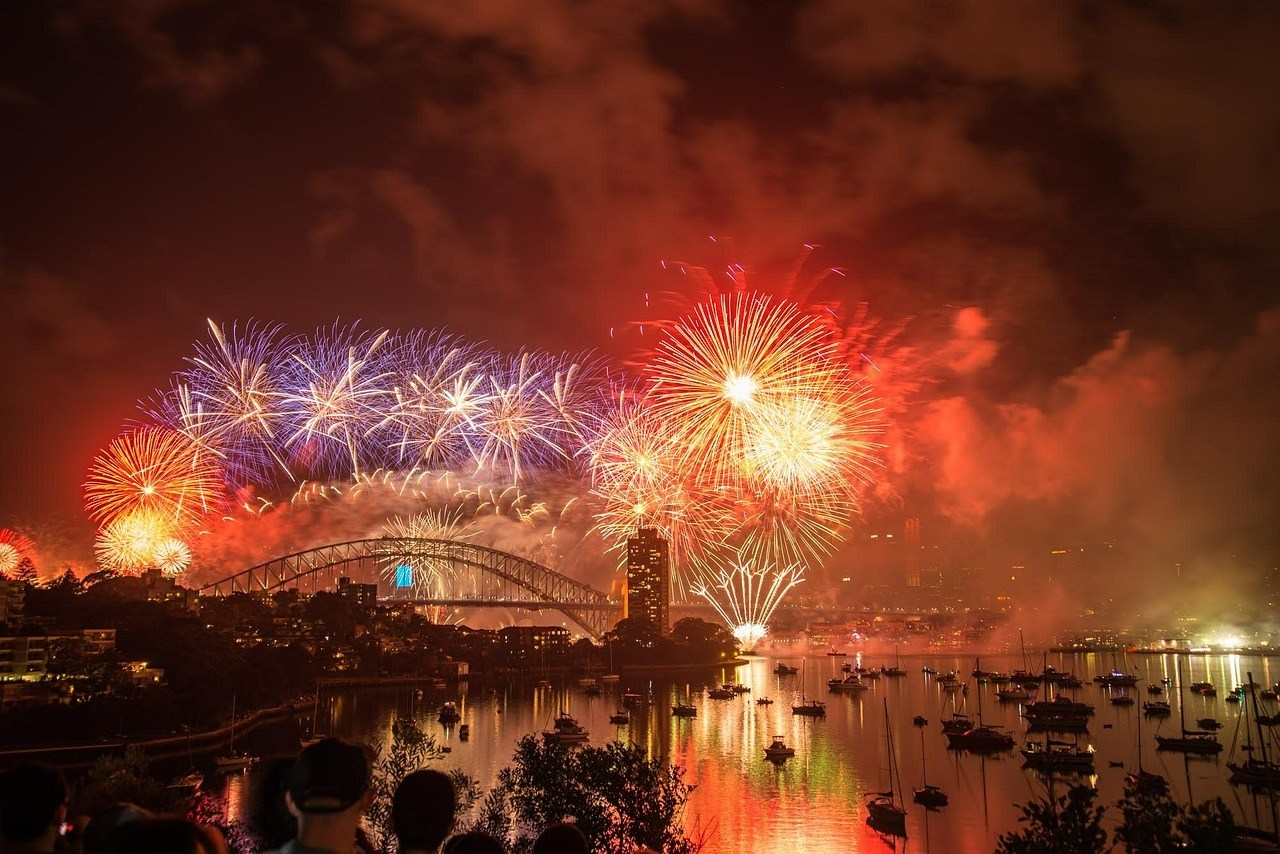New Years Eve fireworks at Sydney Harbor Bridge