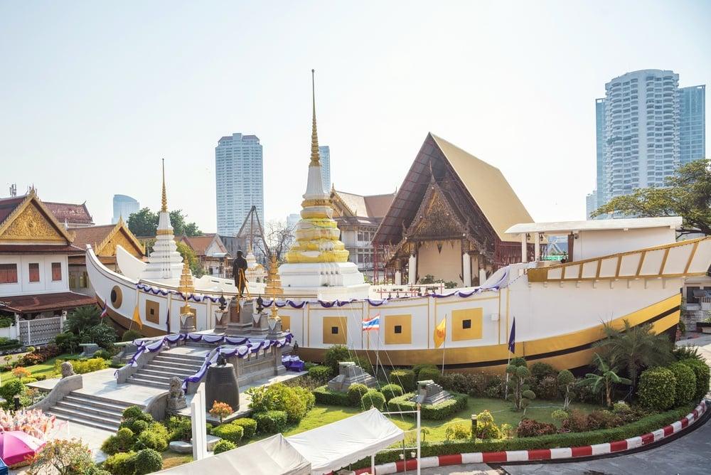 Wat Yannawa in bali